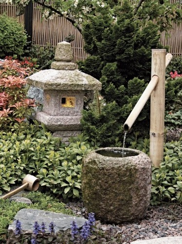 March 13 april 14 cherry blossom sparks us gardeners for Japanese rock garden design elements