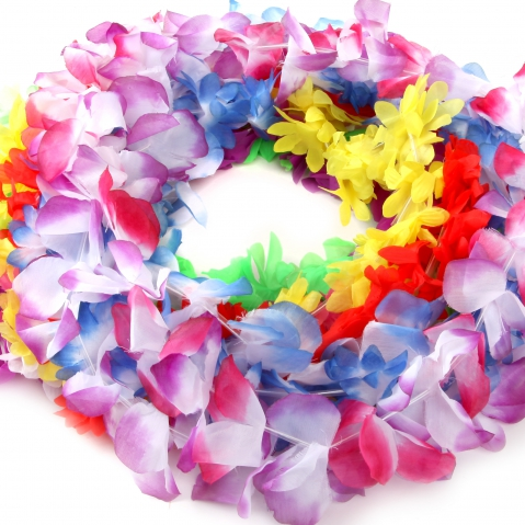Teddy Shake Announces Summer Fun Day To Feature Wearing Of Silk Leis