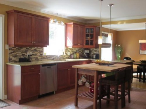 Toronto kitchen cabinet door refacing painting for Cabinet refacing price range