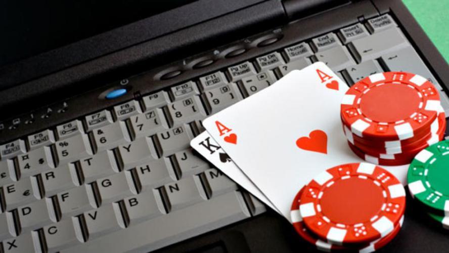 Митяй играет в покер
